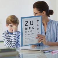 Atención a Niños Ópticas Bermudez